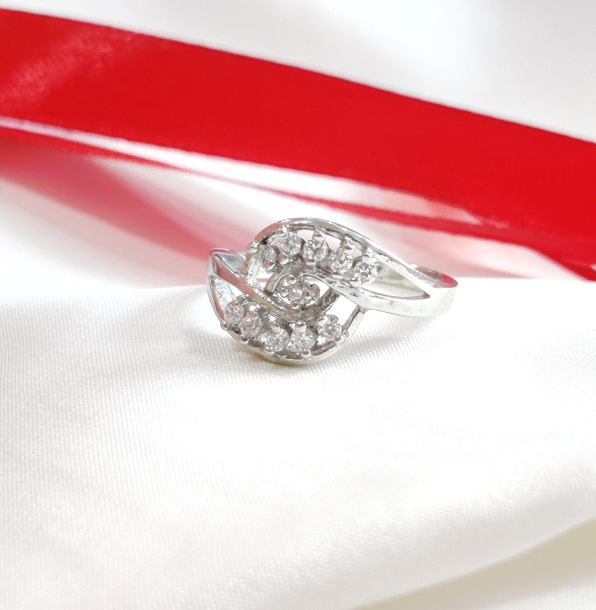 Sterling Silver Leaf Shape Ring